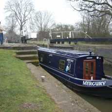 Mercury being rope-handled through wide lock.